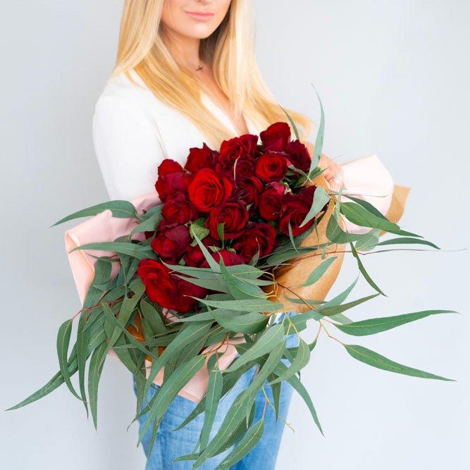 Fascio-rose-stelo-lungo